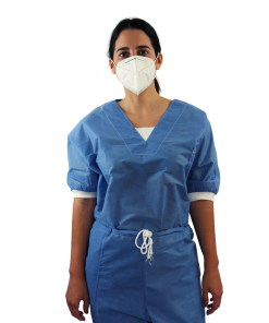 Uniforme Quirúrgico desechable SMS filipina y pantalon con jareta ajustable marca ARTROMED Frontal